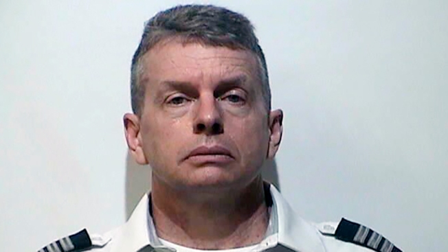 Airlines Pilot Charged With Killing 3 in Kentucky in 2015