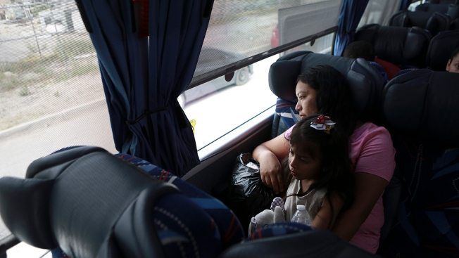 Mexico Buses Home 70 Asylum Seekers Who Returned From US