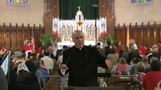 Archdiocese Removes Prominent Detroit Priest From Pulpit