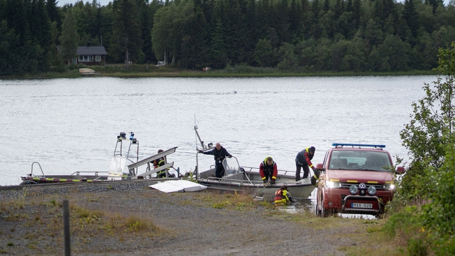 Small Plane Carrying Parachutists Crashes in Sweden, 9 Dead