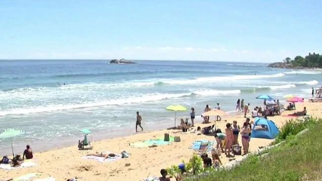 Por Machusetts Beach Disearing