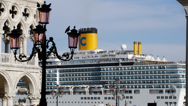 Venice, Budapest Crashes Renew Debate on Cruise Ship Safety