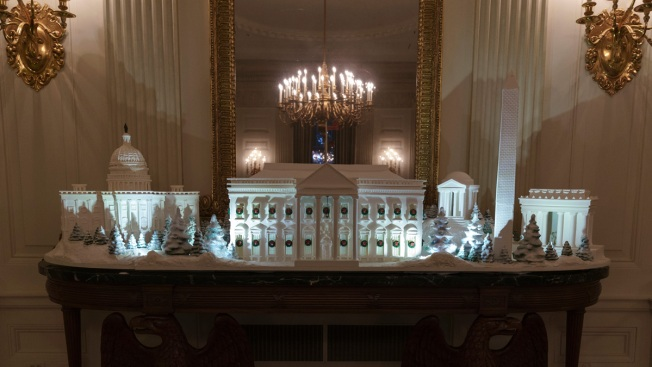 White House Pastry Chefs Make National Mall in Gingerbread