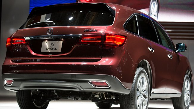 Acura Recalls 360,000 SUVs Because Tail Lights Can Go Dark