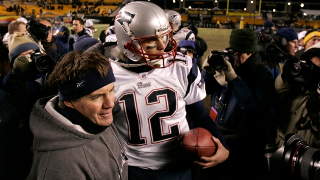 Here's What Belichick Said About Brady's Contract, Gordon's Status