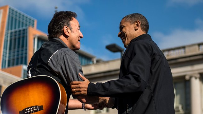 Bruce Springsteen Plays 'Secret' Farewell Concert For Obama Staffers