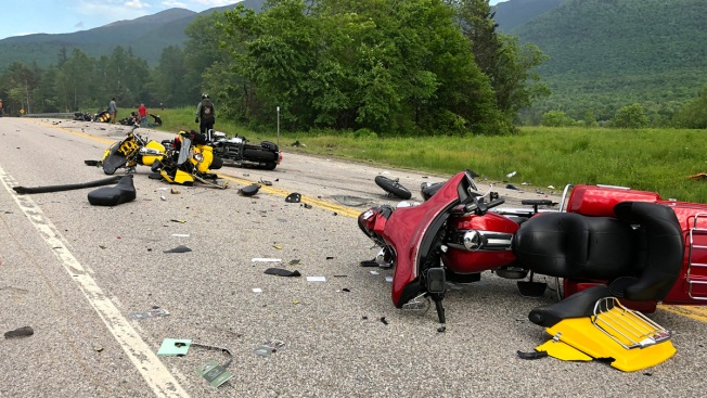7 Dead in Crash Between Pickup Truck, Motorcycles in Randolph, NH