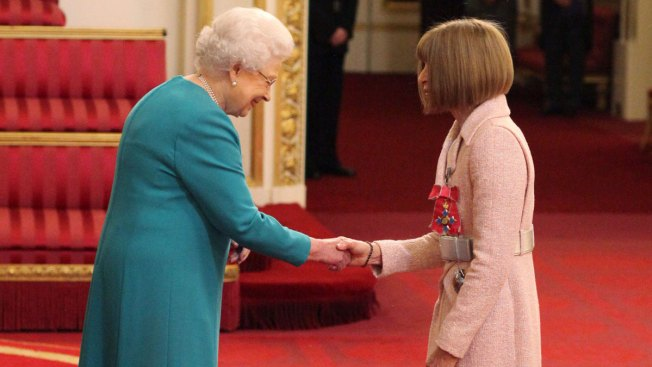 Vogue's Anna Wintour Made Dame by Queen Elizabeth II