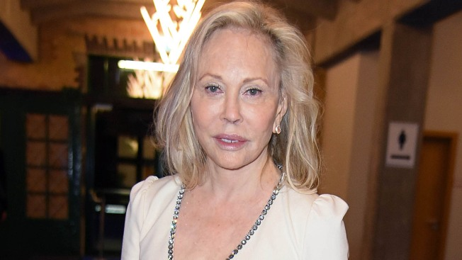 'Little Homosexual Boy': Faye Dunaway Sued by Ex-Staffer Alleging 'Demeaning Tirades'