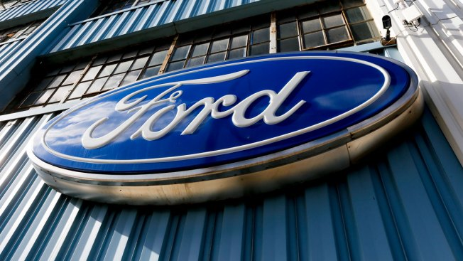 US Probes Ford Fusion Steering Wheels That May Detach
