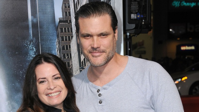 'Charmed' Alum Holly Marie Combs Marries Longtime Love Mike Ryan