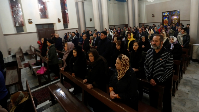 Despite Promised Help, Christian Refugees Struggle to Enter the US