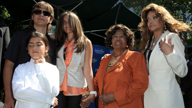 Katherine Jackson to Step Down as Blanket's Guardian