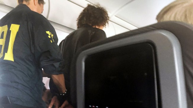 Passenger Tries to Break Into Cockpit on American Airlines Flight