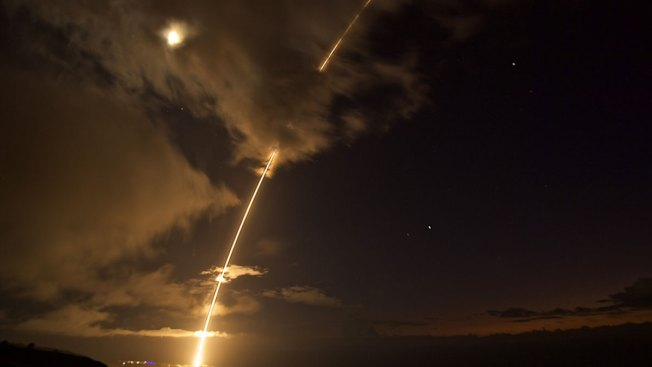 USA conducts missile defence test off Hawaii coast