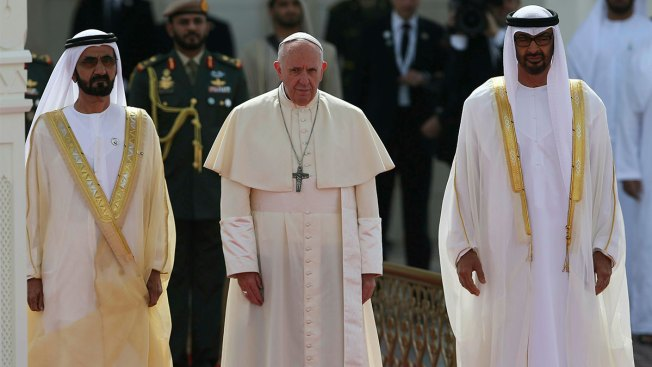 Pope in Historic UAE Visit Urges Faith Leaders to Reject War