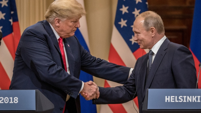 Report: FBI Probed Whether Trump Secretly Worked for Russia