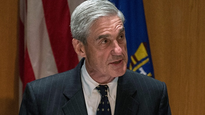 Mueller's Team Asks to Inspect Witnesses' Personal Phones