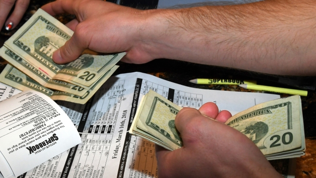 RI Governor Signs Bill to Allow Mobile Sports Betting