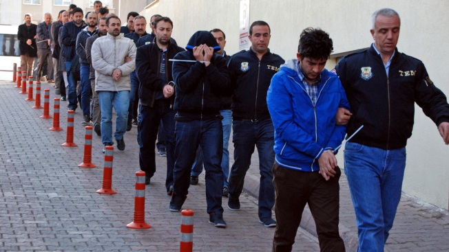 Hundreds more held in Turkey over suspected links to United States cleric Gulen