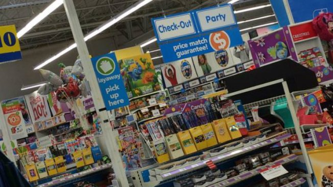 Toys R Us Closing Stirs Up Memories, a Little Guilt