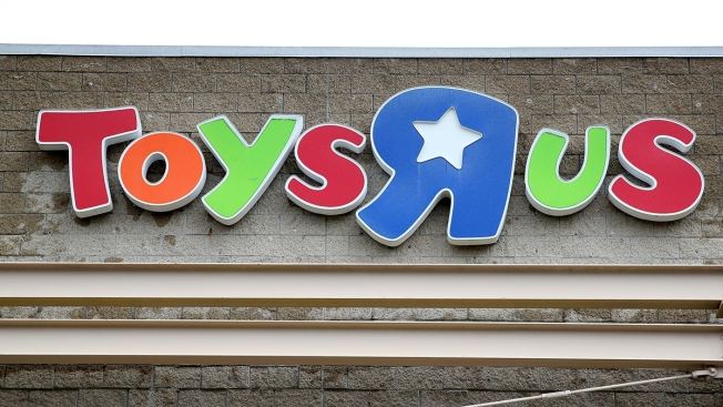 Play Back? Toys R US Investors Plan Comeback for Brand