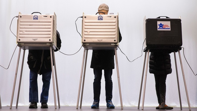 Russia 'Compromised' 7 US States Before 2016 Election: Officials