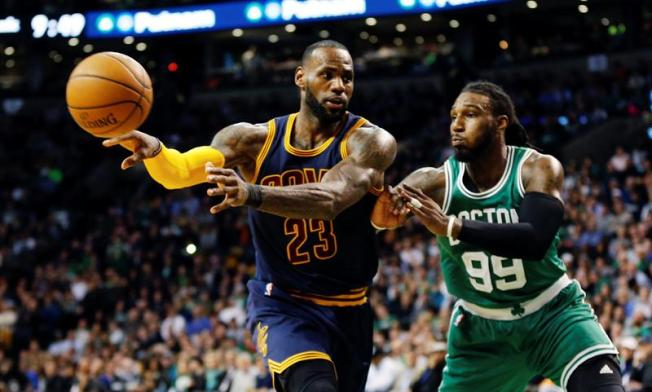 LeBron, Love help Cavs rout Celtics in Game 1