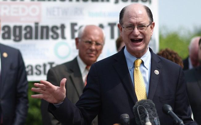 SoCal Congressmen Introduces Articles of Impeachment Against President Trump