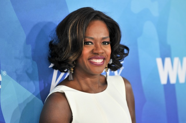Viola Davis Kicks Off New Year With Walk of Fame Star