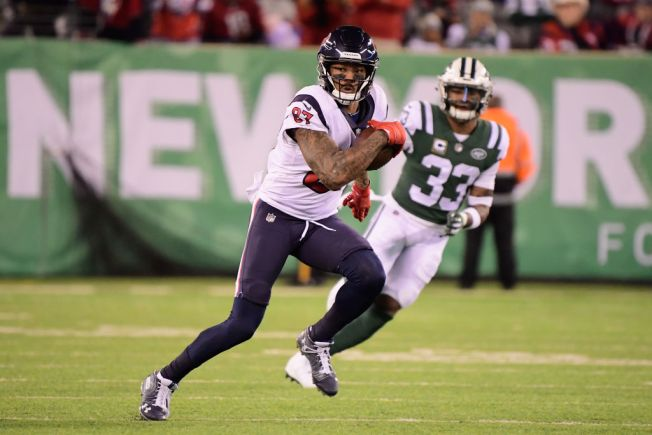 check out 5155c c50ea Patriots to Sign Wide Receiver Demaryius Thomas - NBC10 Boston