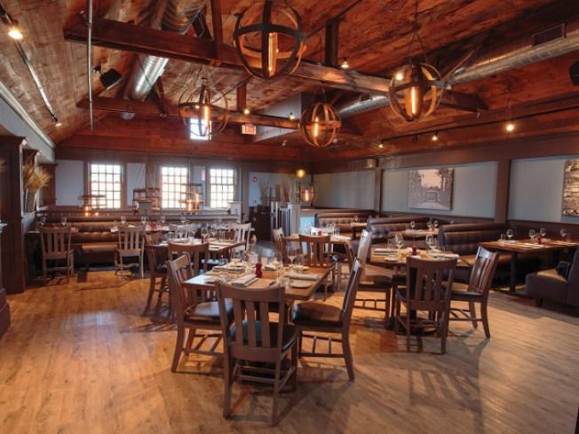 Vine Brook Tavern in Lexington Has Closed; Exact Status Unknown