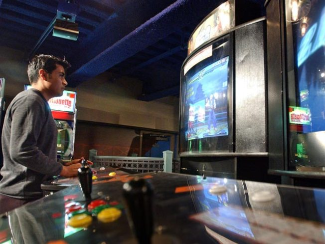 Balance Patch Video Game Cafe to Open in Boston