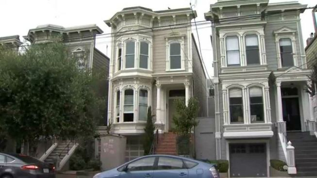 San Francisco Bans Tour Buses From 'Full House' Residence