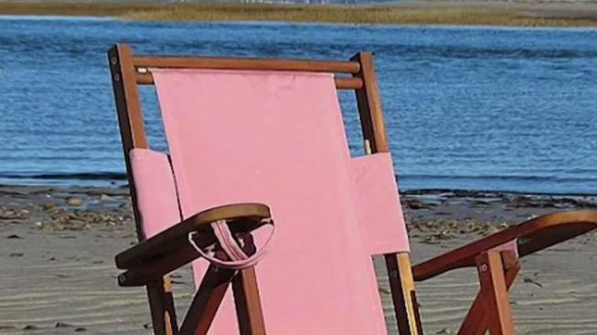 Cape Company Manufactures Comfy Beach Chairs