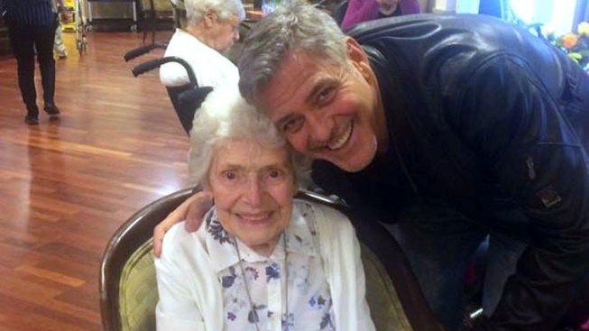 Clooney Pays Surprise Visit to Devoted 87-year-Old Fan in Assisted Living Facility