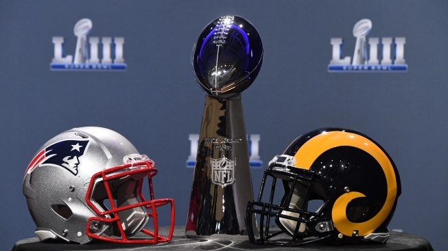 Governors Make Unusual Super Bowl Bet on Hometown Teams