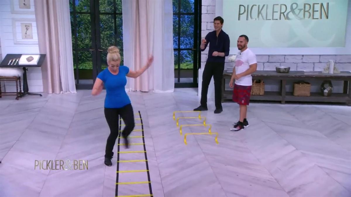 Seems Kellie pickler yoga pants